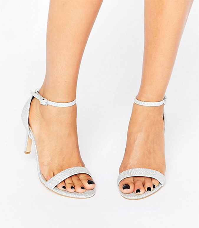 get the look sandal01