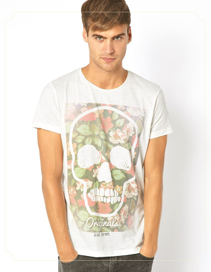 Jack & Joned T-Shirt With Floral Skull Print